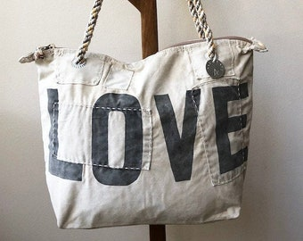 Ali Lamu Small Weekend Bag Natural LOVE Grey