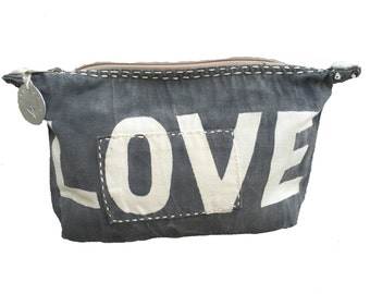 Ali Lamu Large Clutch Black LOVE Natural