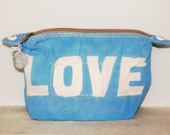 Ali Lamu Large Clutch Bag Light Blue LOVE Natural