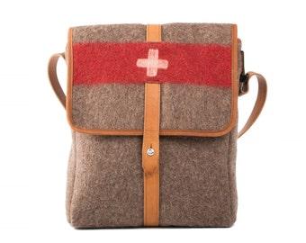 WD46 Swiss Army Recycling Blanket Bag by Karlen Swiss