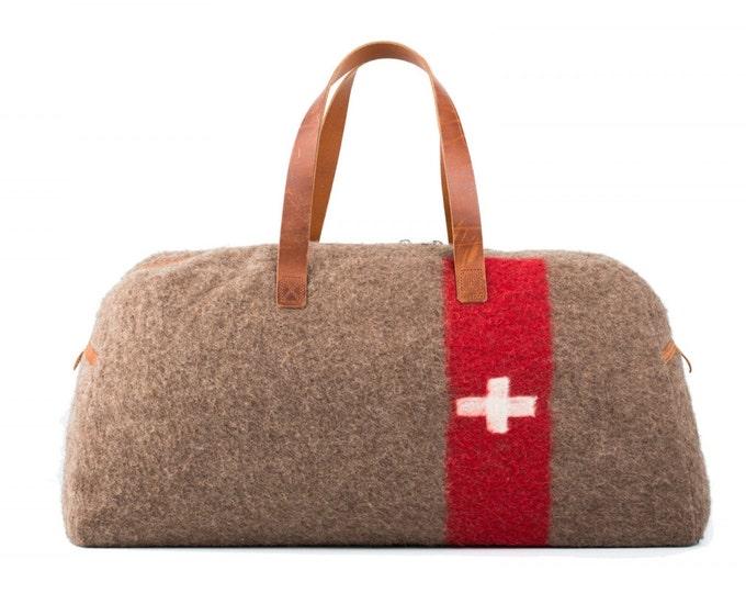 WD32 Swiss Army Recycling Blanket Travel/Weekend Bag by Karlen Swiss