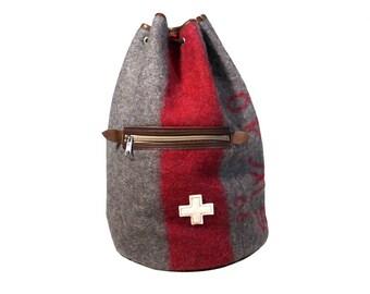 WD60 Swiss Army Blanket Sports Bag / Backpack by Karlen Swiss