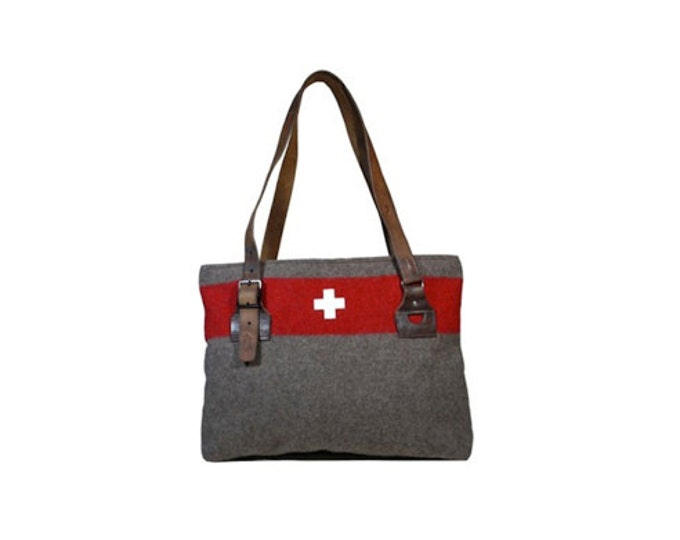 WD14 Swiss Army Blanket Bag by Karlen Swiss