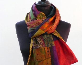 ECHARPE CHALE en patchwork de sari de soie safran, rouge et multicolore -4 f7ca8faec99