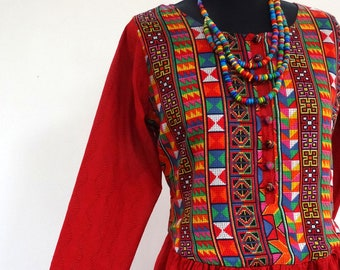 Long dress red and multicolored cotton and viscose, buttoned bodice and sleeves