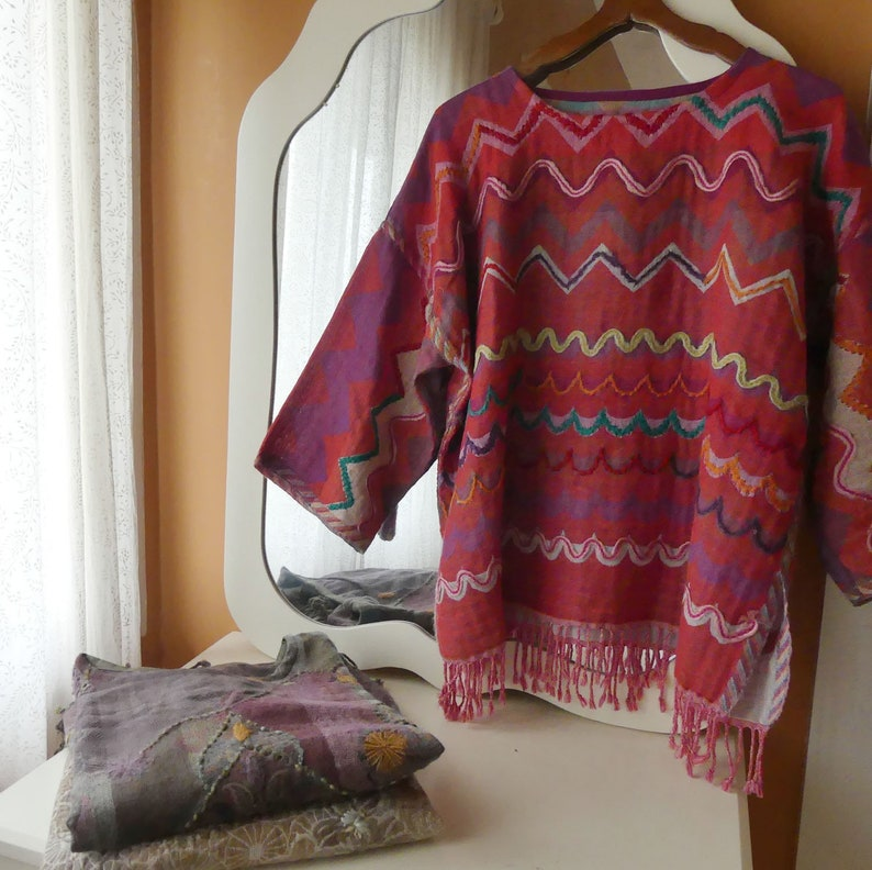 long sleeves Pullover tunic shawl gray and taupe in pure wool embroidered flowers and leaves round neck