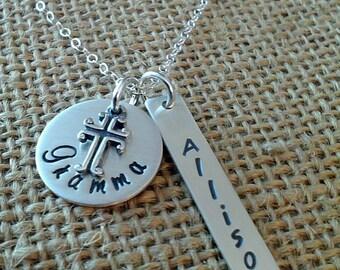 Mom Kids Names Necklace, Grandkids Names Necklace, Personalized Grandma Necklace, Mother Necklace,  Mom Necklace, Mom Cross Necklace