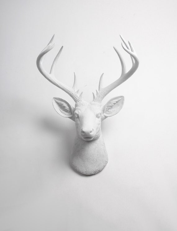 2pcs Wall Decoration Realistic Deer Head Wall Hanging Decor Ornament Craft