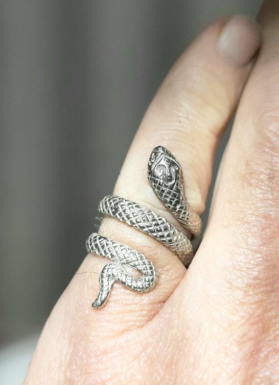 Snake / serpent ring 14k gold