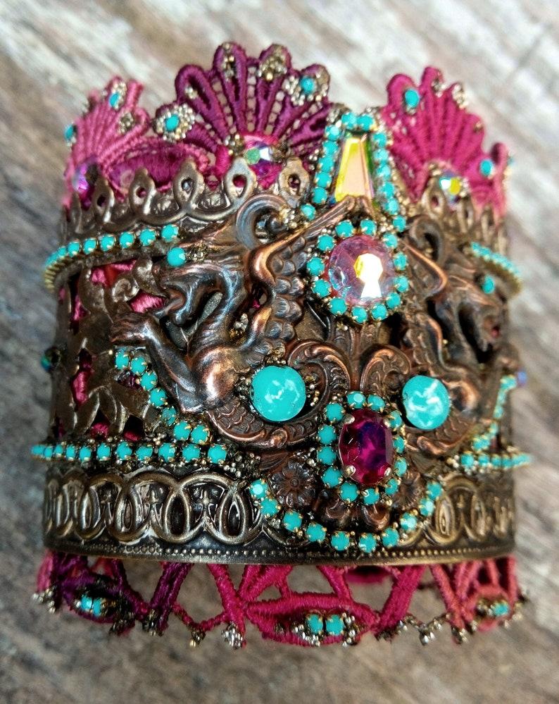 cuff bracelet  ORIENT GRIFFINS