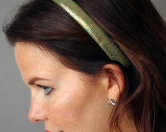 Leather headband. Green nacre snake optic. Hairband. Hair Accessory.
