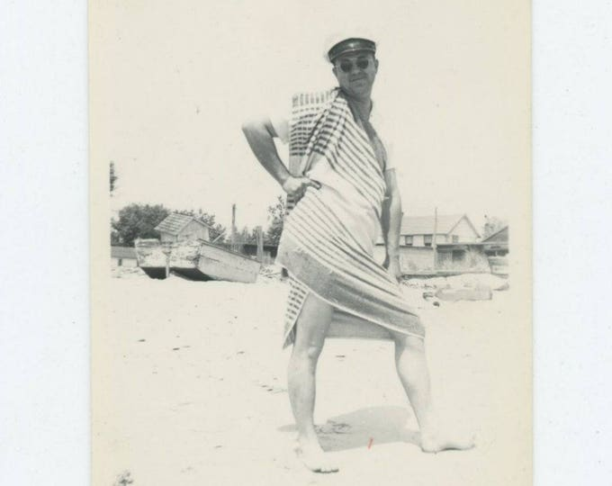 Vintage Snapshot Photo: Beach Towel (81636]