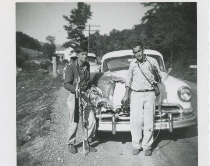 Vintage Snapshot Photo: Bowhunters, 1958 [85673]