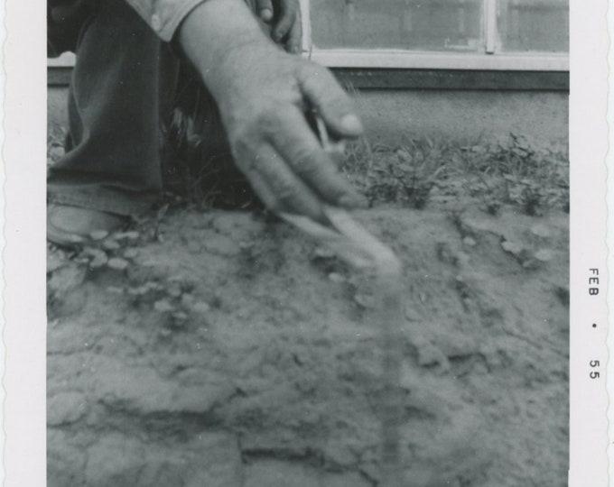 Vintage Snapshot Photo: Hand & Tape Measure [85671]