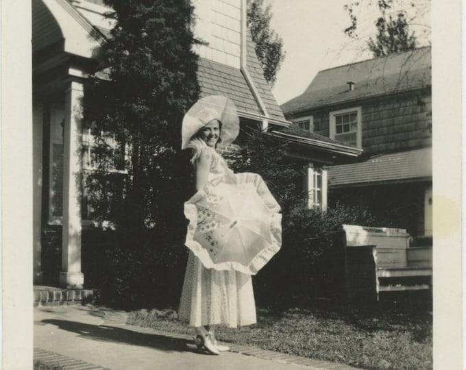 Vintage Snapshot Photo: Geraldine, 1933 (87700)