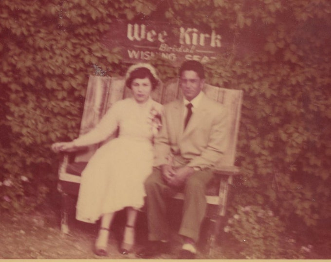 Couple on Wee Kirk Bridal Wishing Seat, Las Vegas, 1953: Kodacolor Vintage Snapshot Photo (71537)