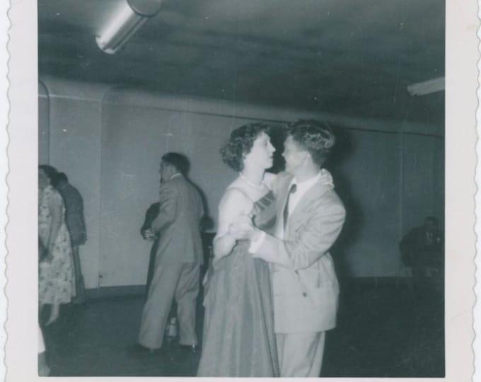Vintage Snapshot Photo: Dancing Couple, 1950s [812754]
