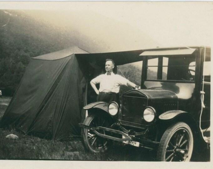 Vintage Snapshot Photo: Car Camping, Crawford Notch, NH, c1910s [810736]
