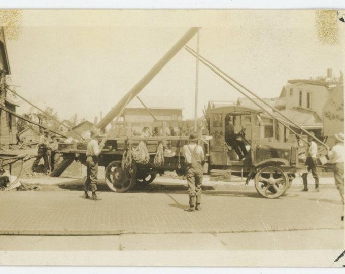 Raising a Pole: Vintage Snapshot Photo [85670]