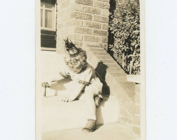 Vintage Snapshot Photo: Child Playing on Front Steps, c1930s (81637]