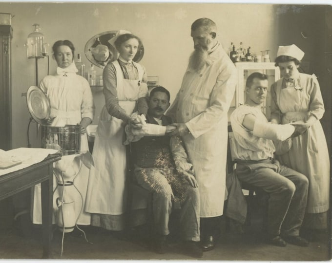 Vintage Snapshot Photo: Medical Clinic/Hospital, Spain c1910s-20s (88716)