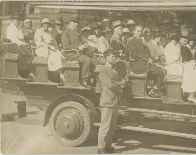 Vintage Snapshot Photo: Munich Bus Tour, 1923 (88704)