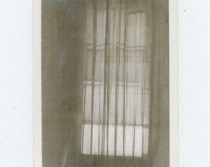 Vintage Polaroid Snapshot Photo: Curtain [89726]