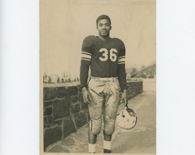 A.B. Davis H.S. Mount Vernon NY, 1949 Football Player Vintage Photo: [71539)