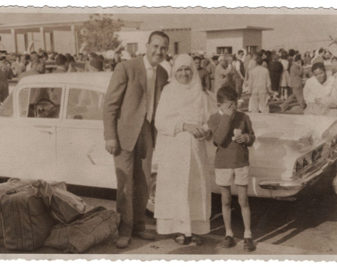 Vintage Snapshot Photo: Returning from America. Dated 1964 (١٩٦٤) [811743]