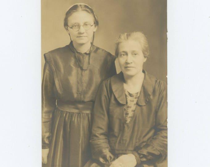 Vintage Snapshot Photo: Lucy & Daughter, Vera (711617)