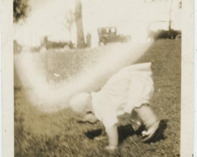 Vintage Snapshot Photo: Phenomenon [810734]