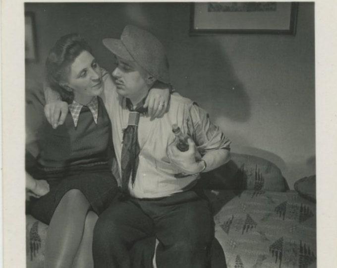 Vintage Snapshot Photo: Amorous Couple, 1940s [84669]