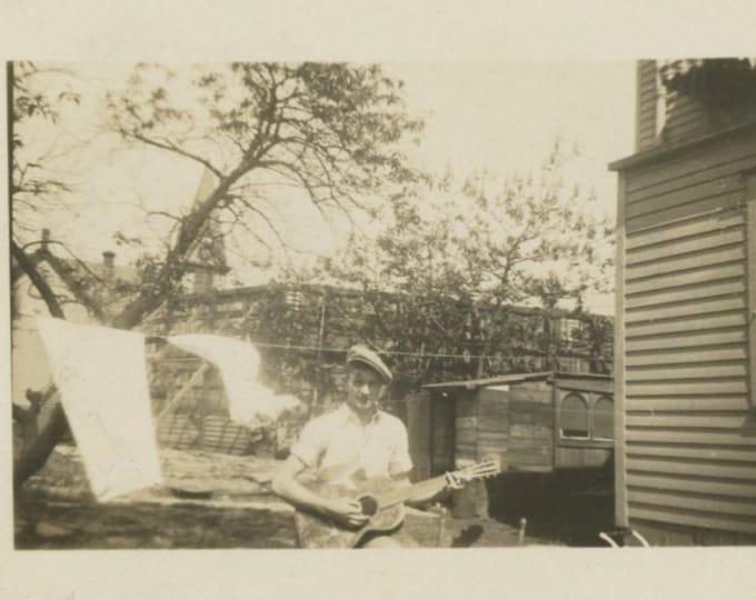 Vintage Snapshot Photo: Guitar Player, Laundry Line, c1930s [86696]