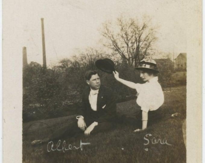 "Vintage Snapshot Photo: ""Albert & Sara"" c1910s [811744]"