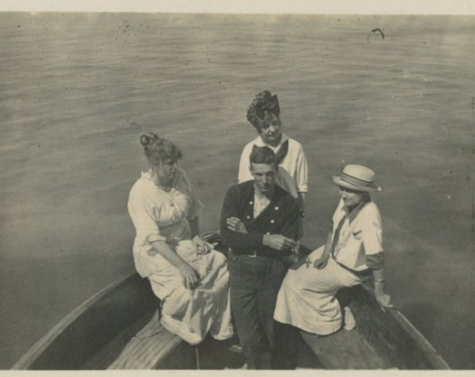 Vintage Snapshot Photo: Boat Party, 1910s (612530)