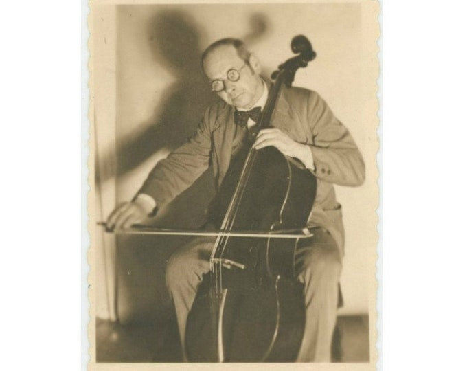 Vintage Snapshot Photo: Cellist, 1934 [86691]