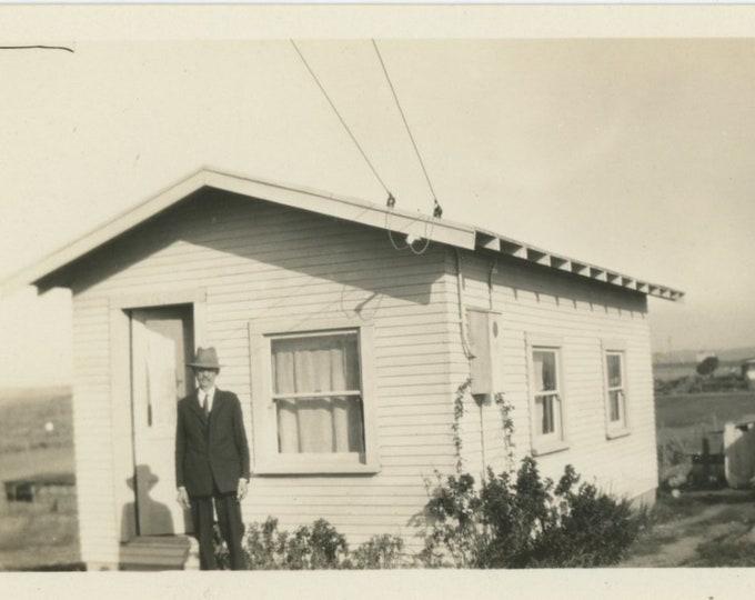 Vintage Snapshot Photo: Tiny House [86685]