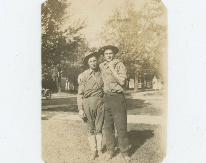 Vintage Snapshot Photo: Soldier Buddies, 1918 [82649]