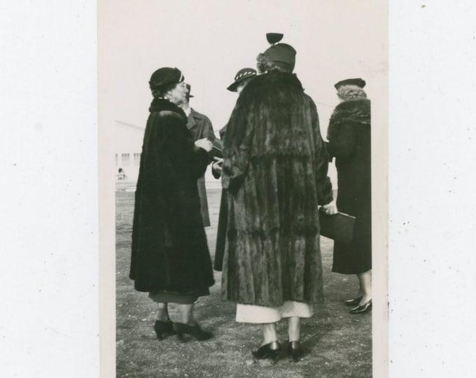 Vintage Snapshot Photo: Fur Coats, 1937 [91765]