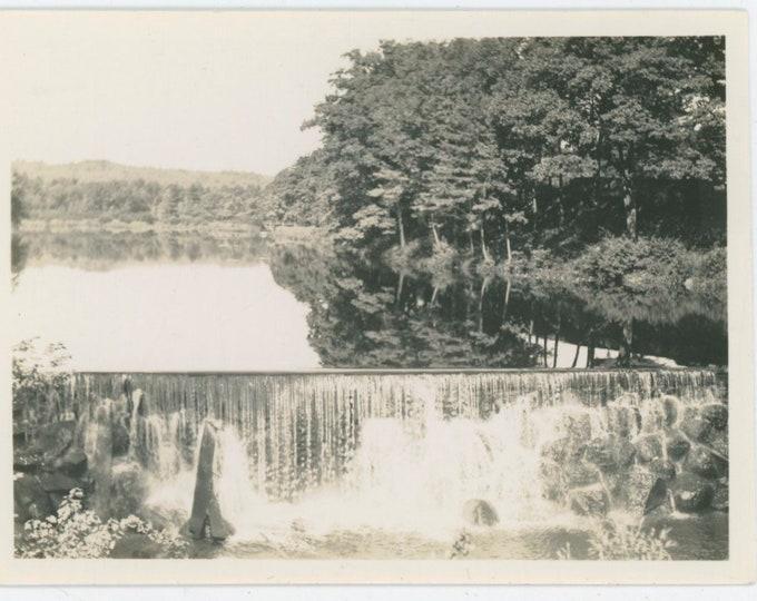 Vintage Snapshot Photo: Weir [812756]