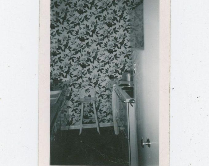 Vintage Snapshot Photo: Small Kitchen, Stool, c1940s [91770]