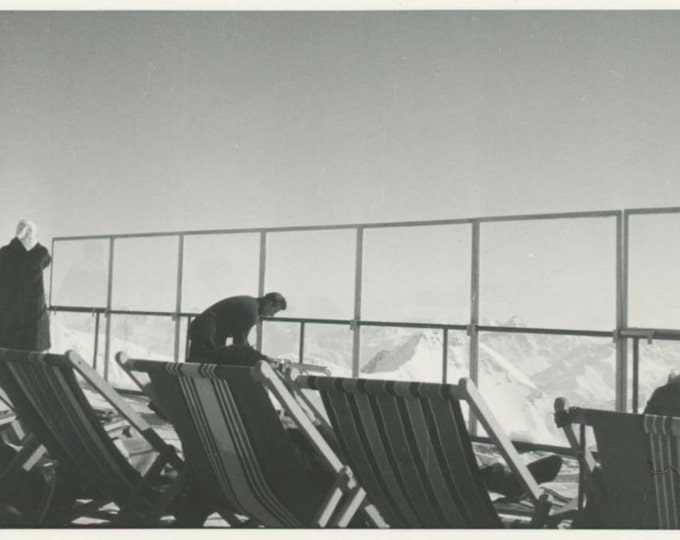 Vintage Snapshot Photo: Deck Chairs, Mountain View Terrace (612525)