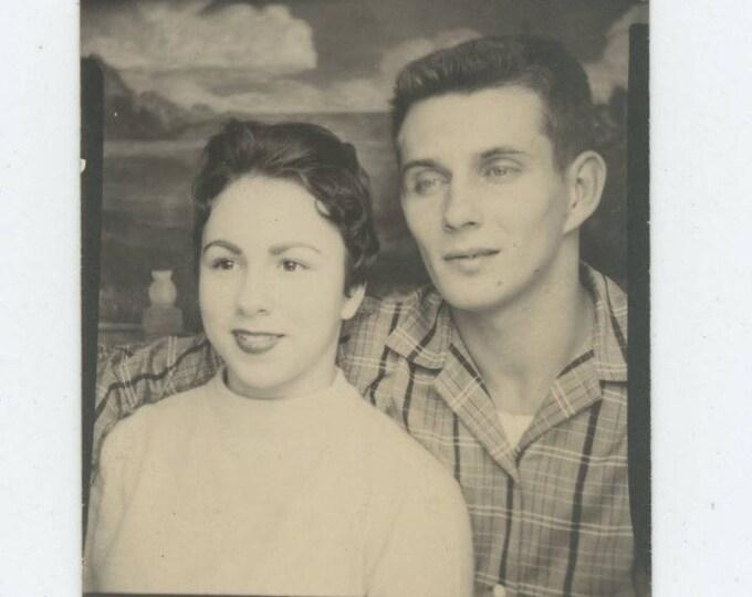 Vintage Arcade Photo Booth: Couple c1950s (712631)