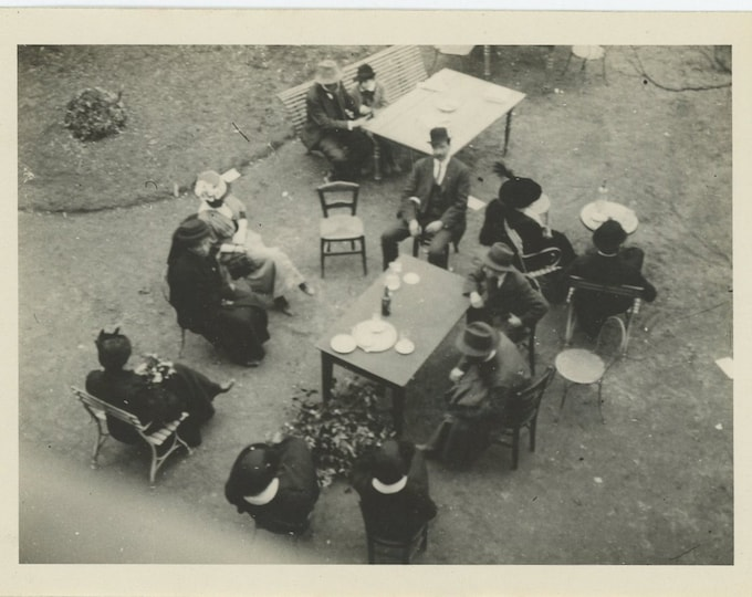 Vintage Snapshot Photo: Gathering, c1920s (88706)