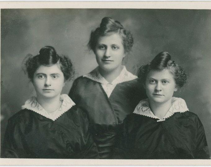 Vintage Portrait Photo: Three Sisters, 1910s [91770]