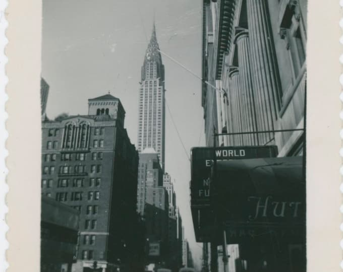 Vintage Snapshot Photo: Chrysler Building, NYC, 1950s [812751]