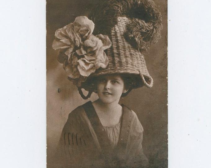 "Vintage Postcard: ""Trimmed Potato Basket-The Latest Style"" 1909 [810736]"