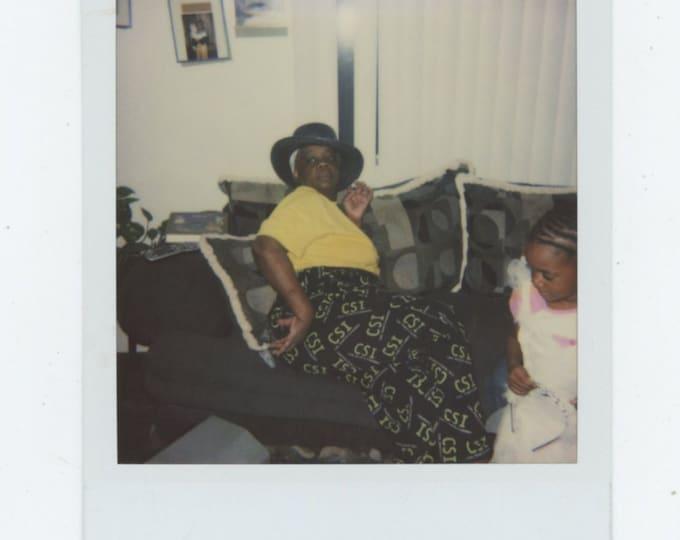 Vintage SX-70 Polaroid Snapshot Photo: CSI (89725)