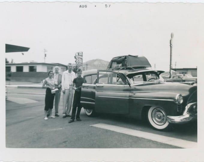 "Vintage Snapshot Photo: ""Star Motel, Colorado Springs, August 1957"" [811738]"