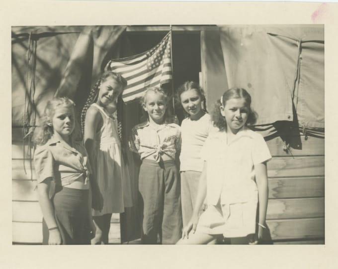 Vintage Snapshot Photo [5x7]: Five Girls & American Flag (87700)